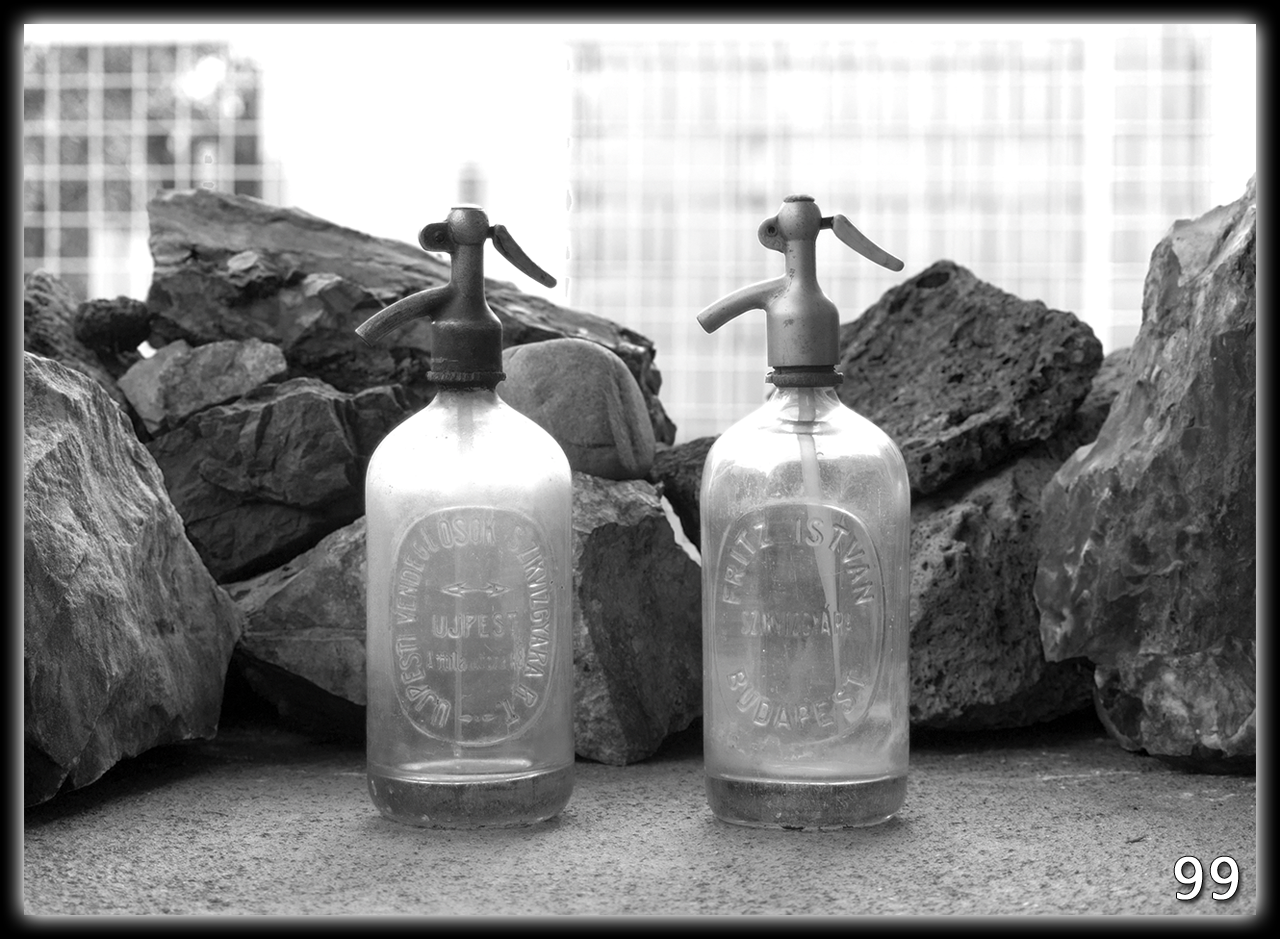 Régi - Szódás - Üvegek